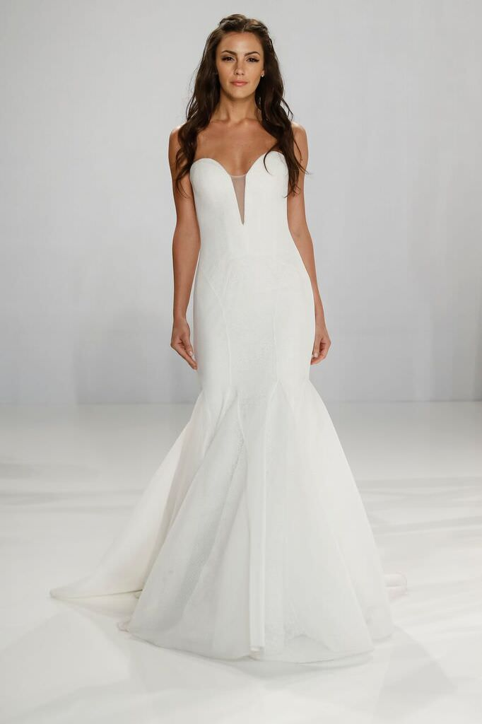 Bridal Market 2016: Dresses for Your Destination Wedding – Blog