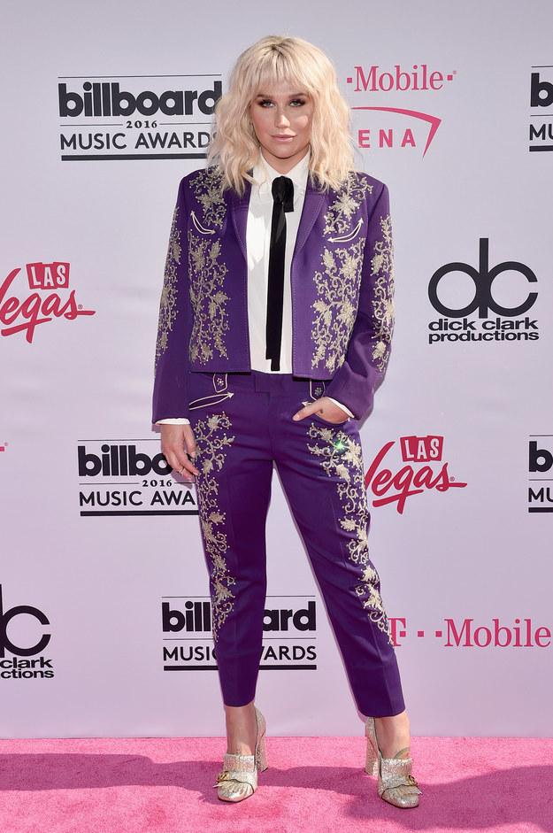 Kesha Billboard Music Awards 2016